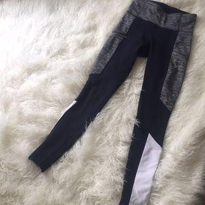 Athleta Navy/White fleece lined leggings zippers